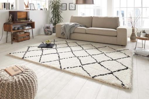 Vloerkleden: tips voor een hoogpolig vloerkleed in de woonkamer